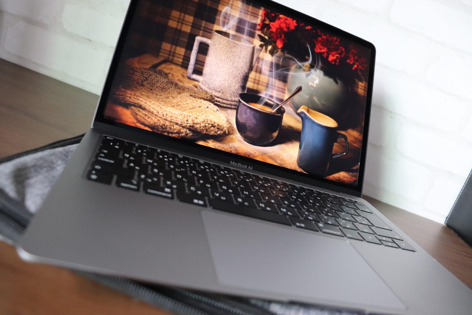 スマートかつ高画質PC!「超」UI特化型デバイス〓MacBookAirのリコメンド